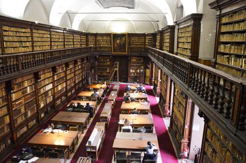 Biblioteca nazionale braidense sala di lettura - Biblioteca porta venezia orari ...